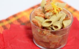 Salade de pâtes aux carottes rôties sauce tahini