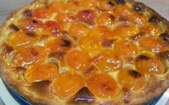 Tarte sablée aux abricots et crème d'amandes, confiture de fenouil et d'anis