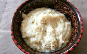 Purée de navets nouveaux au lait de coco et coriandre