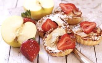 Petits gâteaux fondants pomme-fraise