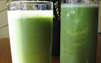 Smoothie vert au gingembre, sans produits laitiers