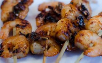Brochettes de crevettes à l'ail et à la coriandre
