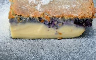 Gâteau magique vanille et myrtilles
