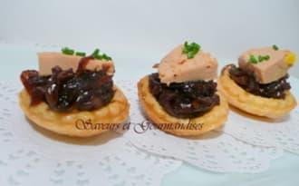 Mini-tartelettes au foie gras et au confit d'oignons