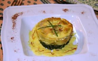 Flan de ravioles au St-Marcellin, crème de safran