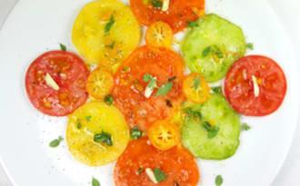 Collection de tomates huile de kumquat et marjolaine