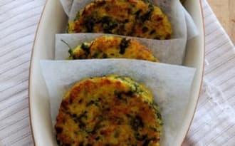 Galettes de quinoa aux fanes de carotte