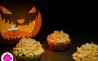 Cupcakes d'Halloween au chocolat carambar-vanille