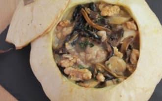Pâtissons farcis au poulet et aux champignons des sous-bois