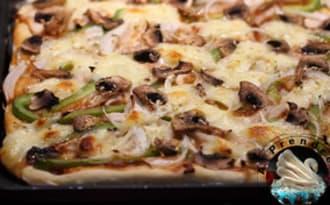 Pizza chicken barbecue