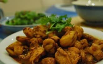Marrons, châtaignes au jus de viande et fines herbes