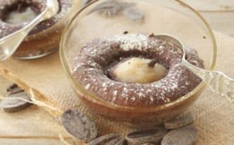 Petits cakes au chocolat et poires épicées