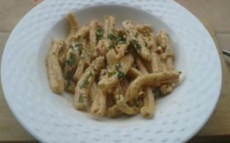Casarecce à la crème de mascarpone,tomates et pesto basilic