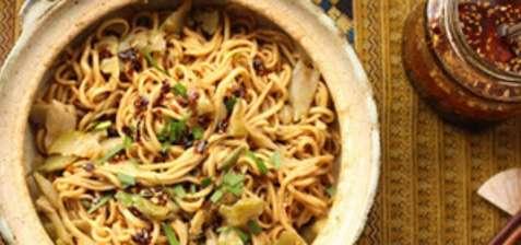 Les nouilles asiat' le lundi, ça change des raviolis.