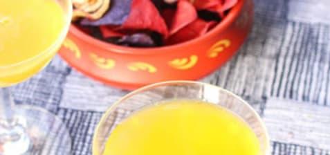 Boisson pétillante gingembre curcuma orange