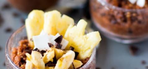 Millet au lait et chocolat, fruits frais