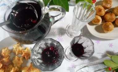 Cocktail de fête aux fruits rouges