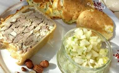 Terrine de canard en croûte, galettes de maïs et salade de fenouil