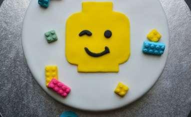 Gâteau d'anniversaire lego