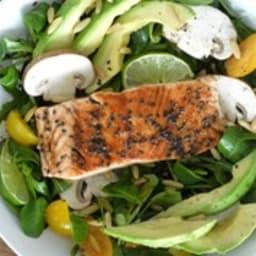 Saumon laqué au vinaigre balsamique, salade vitaminée