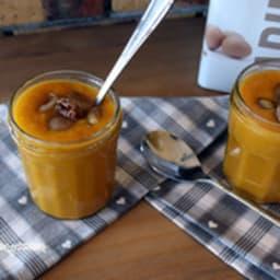 Soupe de citrouille et châtaignes rôties