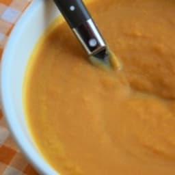Velouté de carottes au roquefort