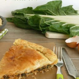Tourte aux feuilles de blettes et au thon