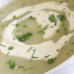 Soupe crémeuse de poireaux et pommes de terre