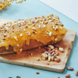Cake à la noix de coco, lemon curd et pistache