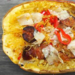 Courge spaghetti au chorizo et au poivron rouge