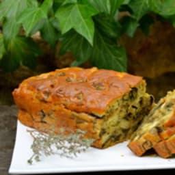 Cake aux aubergines, fromage de chèvre et thym
