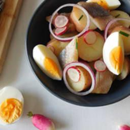 Salade de pommes de terre et hareng fumé