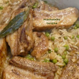 Travers de porc au riz et petits pois