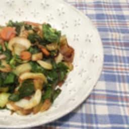 Poêlée de légumes et fanes de betteraves