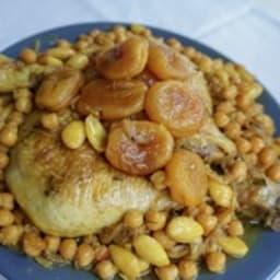 Tajine de poulet aux abricots secs et amandes