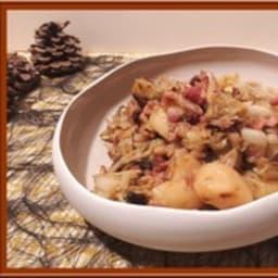 Poêlée de chou vert, pommes de terre et lardon