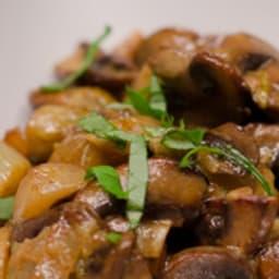 Poêlée d'endives et champignons au curry et paprika
