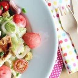 Salade de pastèque et poulet grillé à l'huile de sésame