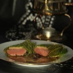 Chartreuse de pigeon au foie gras, jus truffé
