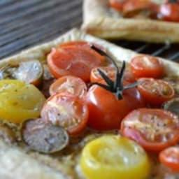 Tartes fines aux tomates cerises