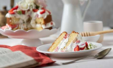 Layer cake fraises, ricotta et miel