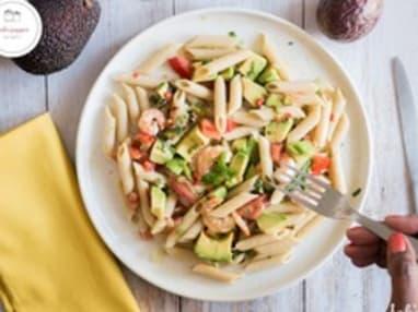 Salade de pâtes avocat crevettes fruit de la passion
