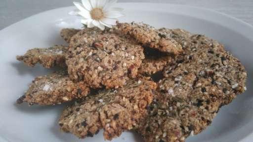 Crackers olives noires, noix et son d'avoine