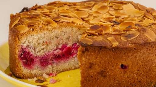 Gâteau aux framboises et aux blancs d'oeufs