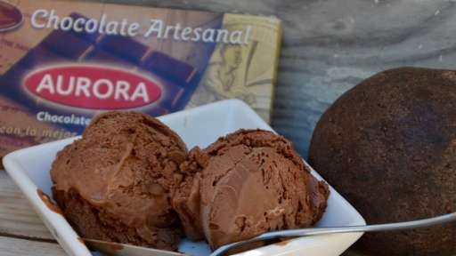 Glace au chocolat noir