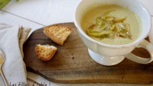 Soupe de poireaux, coco et curry