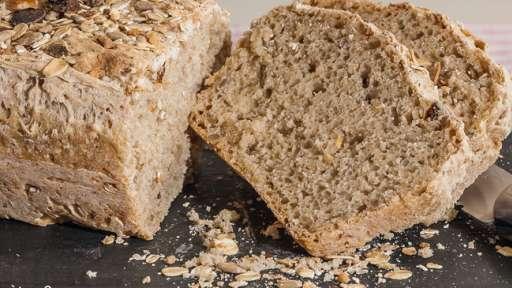 Pain rapide au muesli aux abricots et graines gourmandes