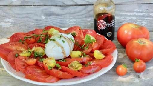Salade tomates et burrata