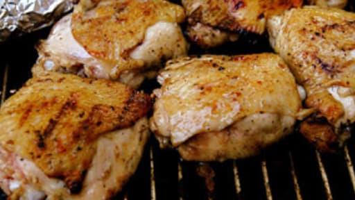 Poulet grillé au barbecue, parfum estragon, au maïs à la crème citron