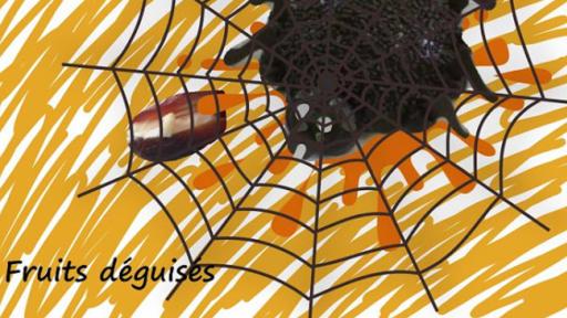 Araignées d'Halloween, cafards, des pruneaux, des dattes fourrés fromage et noix de pécan